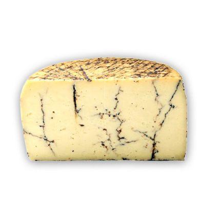 Queso pecorino moliterno trufa negra. Queso italiano de oveja. Exquisito sabor, aroma a trufa. www.quesoadictos.com