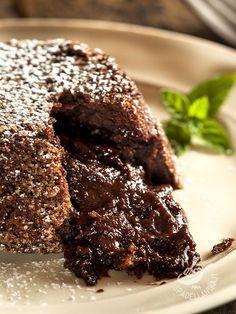 I Tortini con cuore azteco sono una prelibatezza! A base di cioccolato fondente, cacao amaro e un tocco di peperoncino sono i dolci degli innamorati! #tortinicuoreazteco