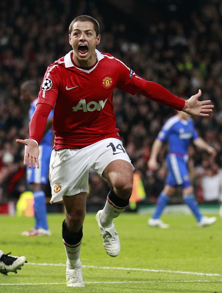 """Chicharito"" Javier Hernández, Manchester United FC (2010–..., 102 apps, 37 goals)"