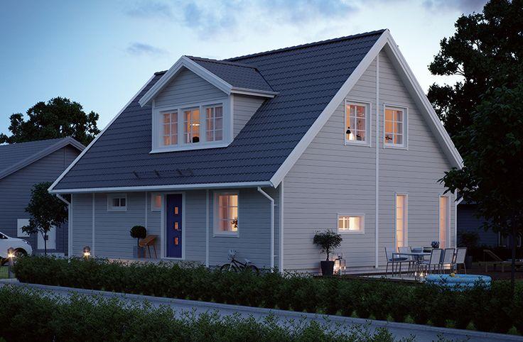 Villa Vrigstad är ett 1,5-planshus om 2 rum och kök. Men med inredd övervåning kan huset rymma totalt 7 rum. Välj själv om ni vill inreda direkt, eller låta övervåningen växa fram vid ett senare skede. Hur som helst får ni i detta hus mycket yta att växa på! Undervåningen består av stort vardagsrum, rymligt sovrum, separat kök, badrum, tvättstuga och flera utgångar till trädgården. #smålandsvillan #villavrigstad  #hus #bygganytt #nybyggnation #inspiration #hustillverkare