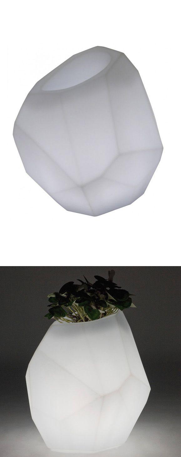 Light up geo planter