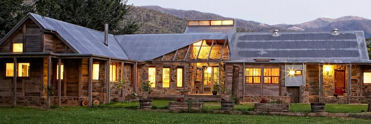 The House at Smoko | Luxury accommodation at Bright, Victoria in the heart of the Great Alpine Valleys