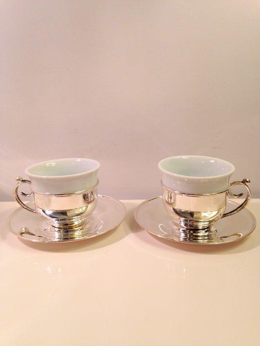 Online veilinghuis Catawiki: Set zilveren glashouders en schotels met porseleinen kopjes, Turkije, 20e eeuw