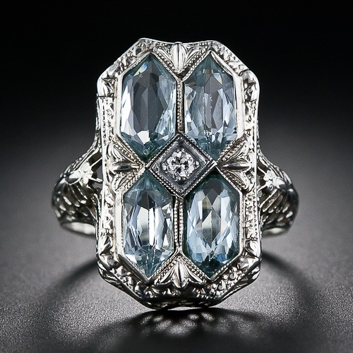 1920's Art Deco Aquamarine filigree ring