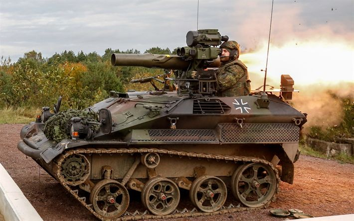 Download wallpapers Wiesel 1 TOW, caterpillar fighting vehicle, anti-tank missile, German Army, Wiesel AWC