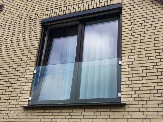 Brustung Aus Glas Vor Fenster In 2019 Franzosische Balkone