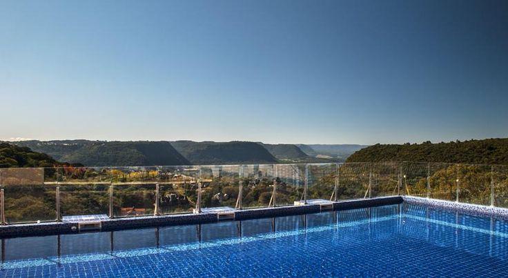 R$302,50 Com piscina ao ar livre, vista do vale e academia bem equipada, o Master Premium Gramado está localizado a apenas 800 m do centro de Gramado e a 500 m da...