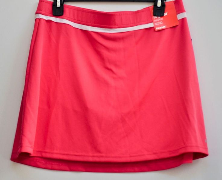 REEBOK WOMEN GOLF SKIRT Victory Play Dry w/ Built-In Shorts Pink size M NWT #Reebok