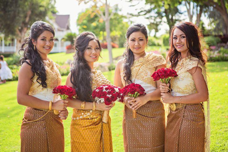 Khmer Wedding Bride With Bridesmaid Khmer Wedding