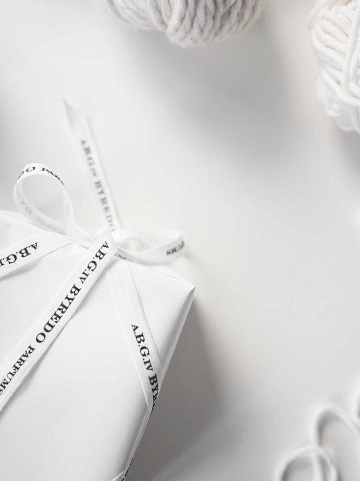 xmas presents II @ilemartini