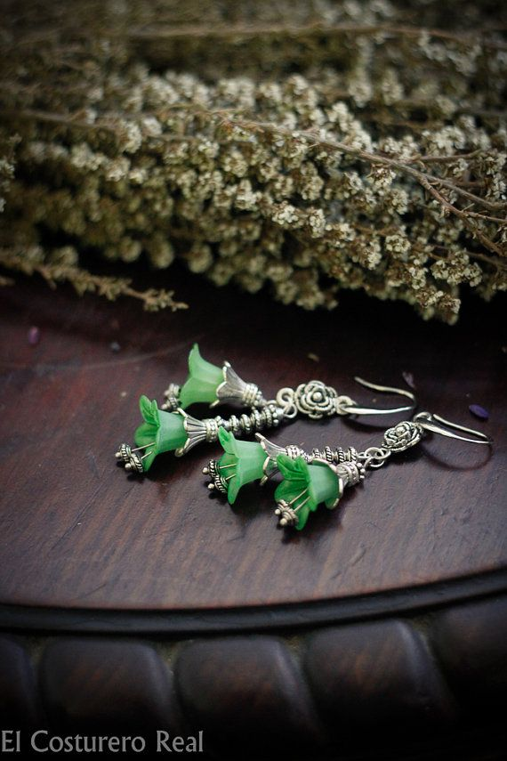 Romantic Green Flower Earrings  moss Flowers Gift by CostureroReal