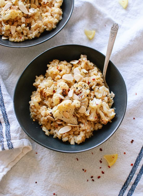 Lemony, peppery cauliflower risotto that you bake in the oven! This healthy brown rice risotto requires minimal stirring and effort.