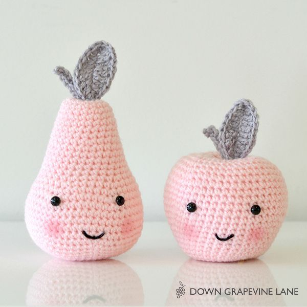 Down Grapevine Lane: Tutorial: Crochet Apple