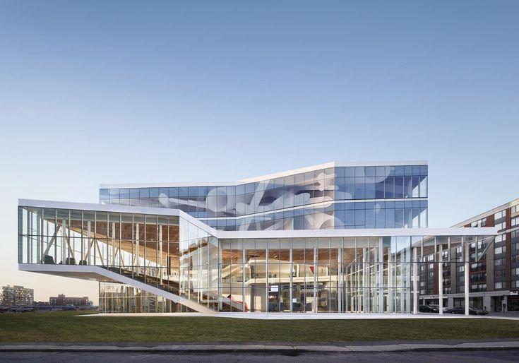 The Maison des étudiants de l'École de technologie supérieure (ÉTS) by Menkès Shooner Dagenais LeTourneux Architectes in Montréal, Canada