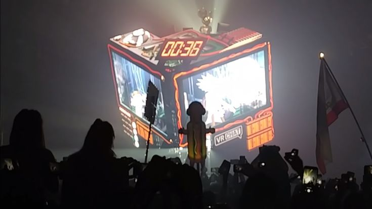 Deadmau5's NYE Countdown Featured 'VRChat' Versions of Rick and Morty Voiced by Justin Roiland  ||  It's no secret that both Deadmau5 and Rick and Morty show creator Justin Roiland both love VR, but we certainly weren't expecting to see the VRChat logo front and center at Deadmau5's New Years Eve concert. Just as the clock was nearing 12:00 am, the music stopped at Deadmau5's New Year's…