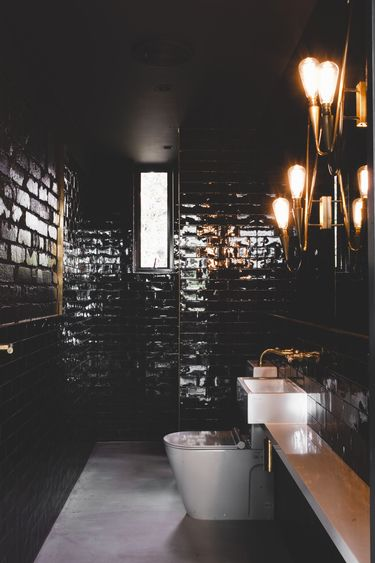 See The Australian Interior Design Awards Residential Finalists Here Surroundings Architects For Dock Street Warehouse QLD