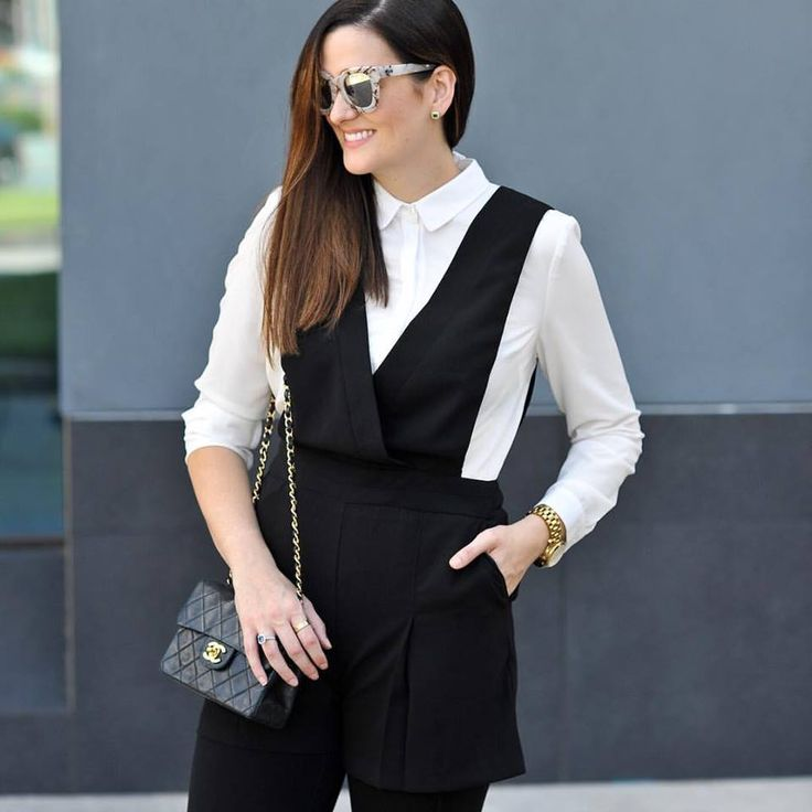 Graceful Black And White Thanksgiving Outfit With Black Leather Crossbody Bag