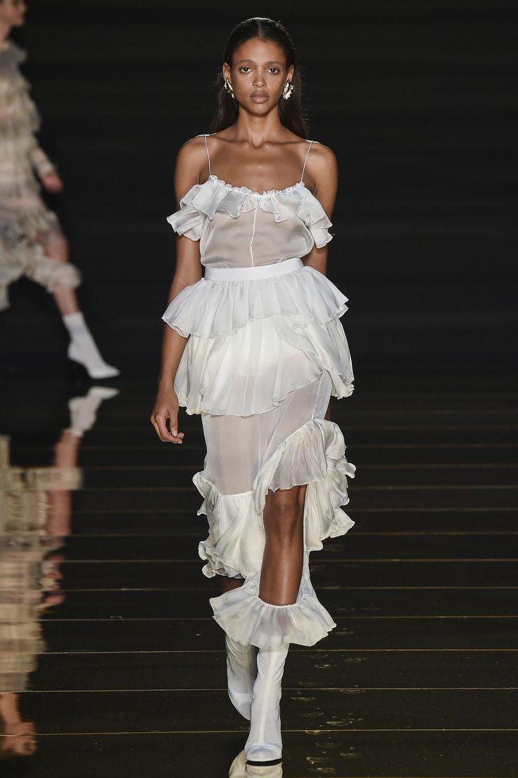 Francesco Scognamiglio Spring 2016 Ready-to-Wear Collection Photos - Vogue.  Love! Love! Love!