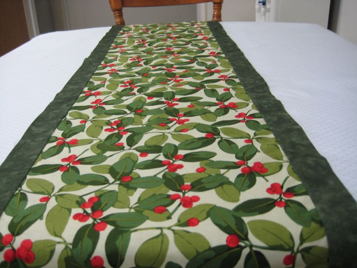 Christmas table Runner, Holly and Berries, Cotton Table runner, Christmas Dining, Elegant Christmas, Christmas Greenery, Christmas Decor, by FootlessDesigns on Etsy