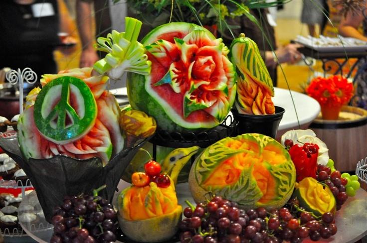Best fruit carvings images on pinterest