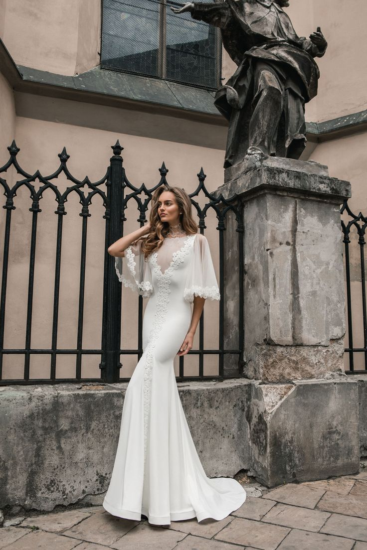 "Jolanda - Wedding dress by Kaya Nova (Bellezza e Lusso). Collection ""Prague"" / Свадебное платье от дизайнера Kaya Nova (Bellezza e Lusso). Коллекция ""Prague"" #lusso #lussodress #bellezzaelusso #designer #eveningdress #weddingdress #yourwedding #wedding #newcollection #collection2017 #weddingdresses2017 #kayanova"