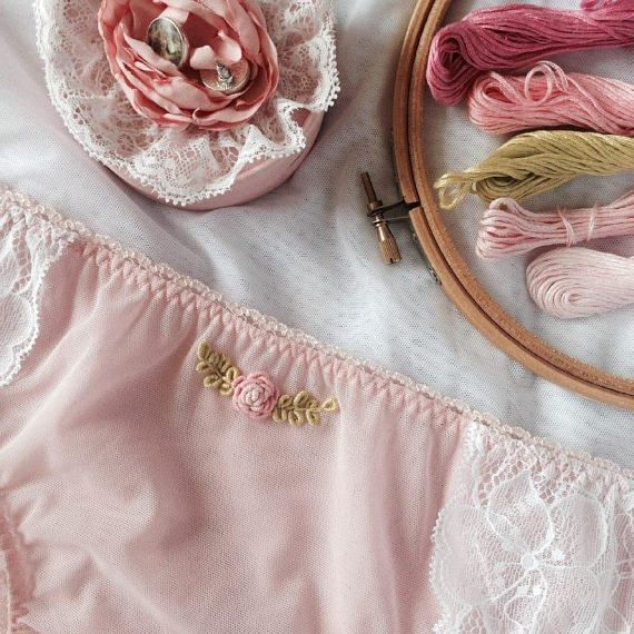 Aurora - lace and tulle embroidered lingerie handmade set with bralette and panties, made to order