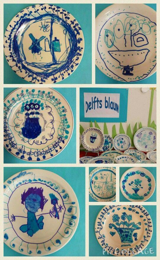 Delfts blauwe bordjes in de kleuterklas