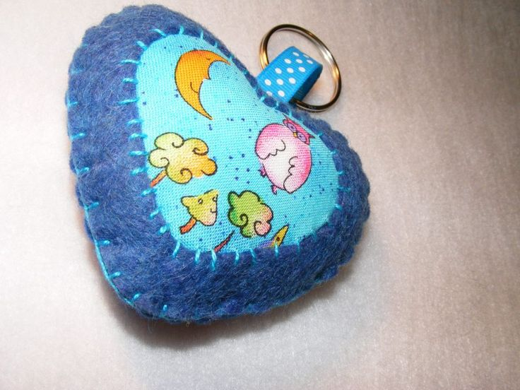Blue heart with fairy tale by http://www.breslo.hu/item/Bagoly-mese-sziv-Valentin-napra_3171#