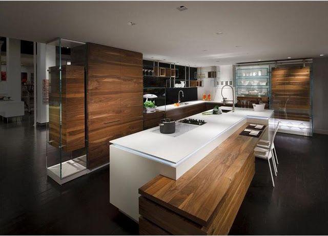 cuisine design et moderne blanche et bois avec îlot, jeux de niveaux et rétroéclairage