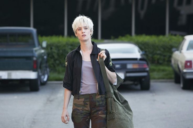 Mackenzie Davis as Cameron Howe from Halt and Catch Fire  Professional Misfit Outfit
