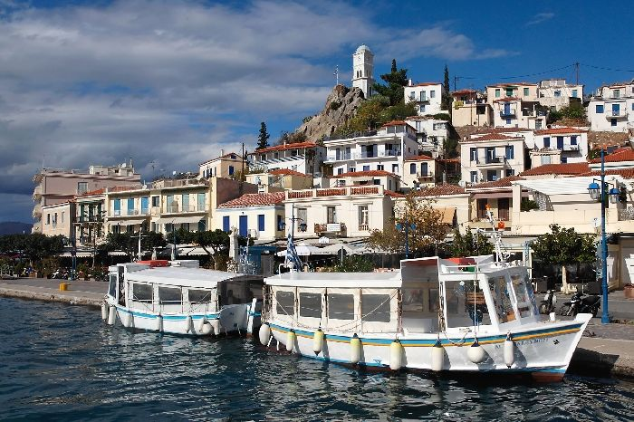 HARBOUR OF POROS
