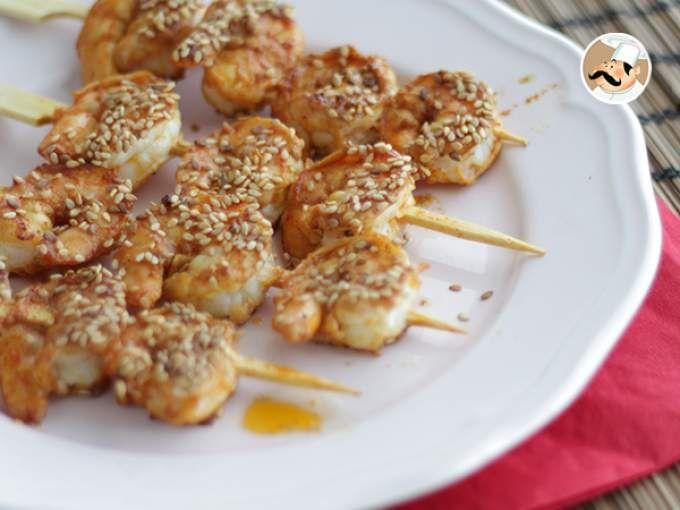 Receita Aperitivo : Espetadas de camarão com sésamo / gergelim de PetitChef_PT