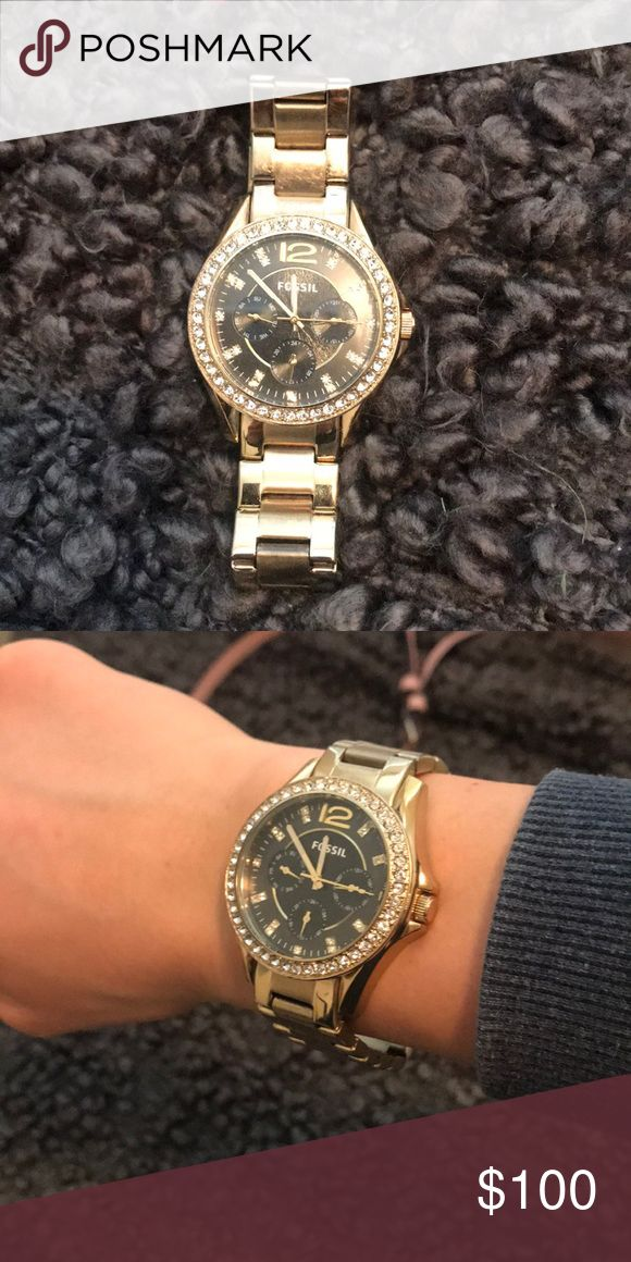 Fossil Watch Perfect condition beautiful gold fossil watch! Price negotiable Fossil Accessories Watches