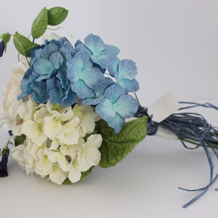 Mixed Paper Flower Bouquet-Blue and White – Paper Flowers Australia