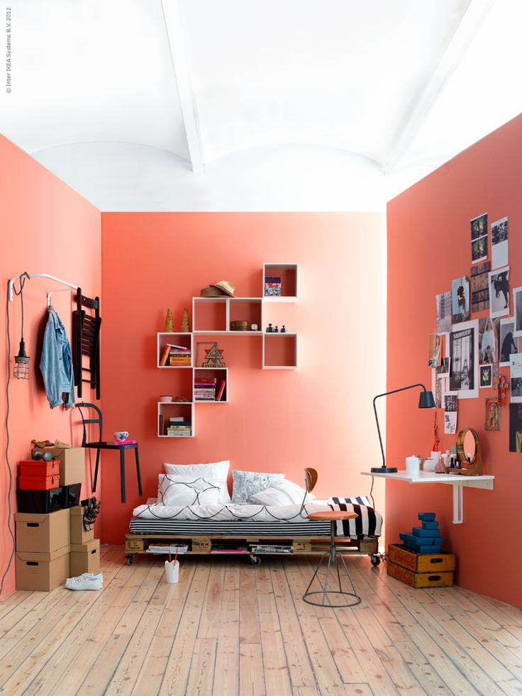 A room of one's own: Peaches Wall, Spaces, Idea, Boxes Shelves, Spare Bedrooms, Pallets Beds, Wall Color, Coral Wall, Wallcolor