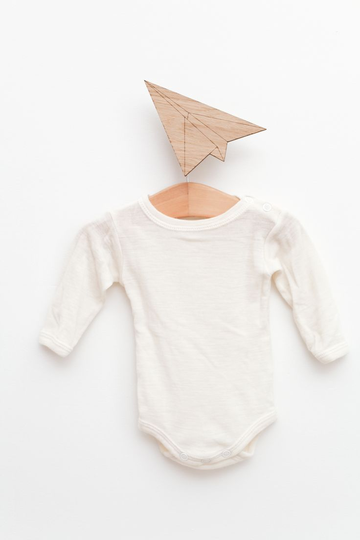 Paper Plane Hook from Hagelens