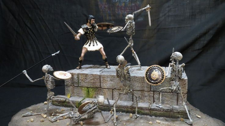 """MOTY 2017 Entry Jason & The Argonauts """"The Final Battle""""  This resin and potted metal kit is from Monsters In Motion and it is called """"The Final Battle""""  The model depicts the famous scene from the film """"Jason And The Argonauts"""" in which the hero Jason engages in a deadly sword fight with"""