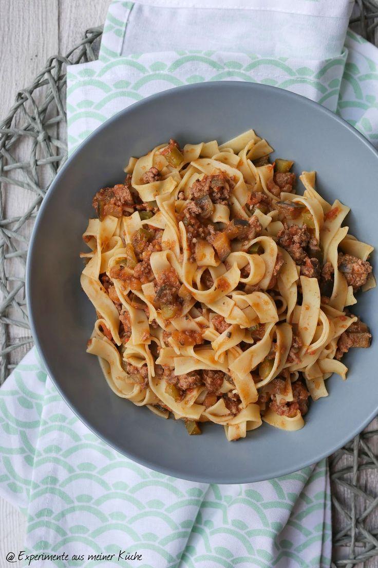 Pasta+mit+Auberginen-Hack-So%C3%9Fe-004.jpg 1.066×1.600 Pixel