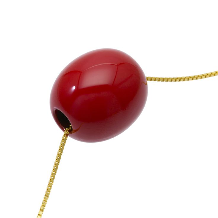 身につける漆 漆のアクセサリー ペンダント 森の実 朱色 ボックス スライド式チェーンG 坂本これくしょんの艶やかで美しくとても軽い「和木に漆塗りのアクセサリー」 Wearable URUSHI Accessories pendants nuts redcolor adjustable chaincode 丹念に漆を塗り重ねた質感と上品で奥行き感のある、ハッとするようなオリジナルの朱の艶が魅力、世代を超えて母から娘へと受け継いで使っていただける永遠のフェミニンカラー。スライド式チェーンコードはキラキラと輝きのあるゴールドカラーのボックスチェーンです。  #漆のアクセサリー #漆のジュエリー #軽いアクセサリー #漆のペンダント #朱色 #森の実 #pendants #朱色のアクセサリー #還暦 #還暦のお祝い #プレゼント #身につける漆 #漆塗り #軽さを実感 #坂本これくしょん