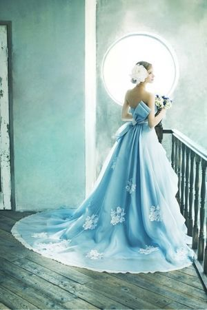 【着たいドレスがきっと見つかる】カラードレス全デザイン集【完全版】 - NAVER まとめ
