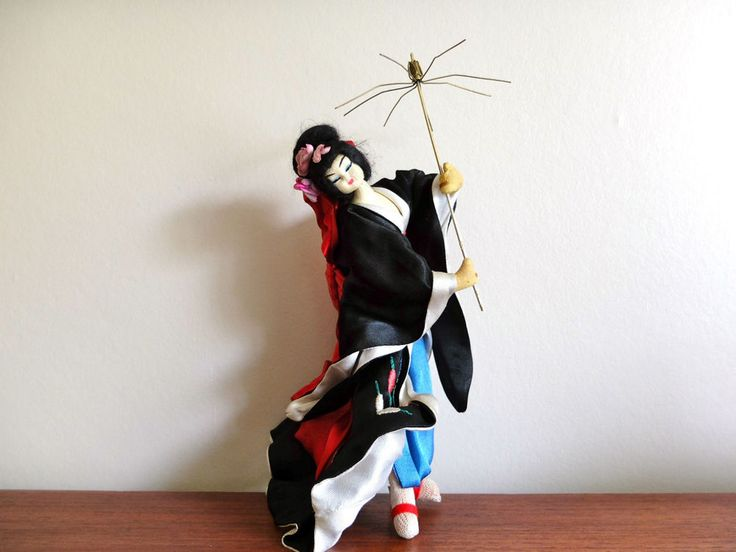 "SOLD Ancienne poupée LAYNA made in Spain ""Japonaise"" vintage doll années 50 1950"