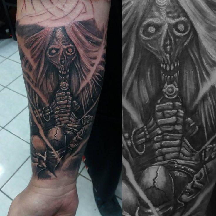 Rua 24 de maio, 188 loja 122 1° andar. Galeria Boulevard Centro em frente à loja Besni.    www.facebook.com/falconeritattoo   Tel: (11) 3331-7081 / Whats (11) 95272-9945  contato@falconeritattoo.com.br  www.falconeritattoo.com.br    #tattoo #tattoosp #sullen #tattootime #tattoolife #darkart #macabreart #morbidart #horrorart #sp #bnginksociety #blackandgreytattoo #blackandgrey #ink #inked #tattoocommunity