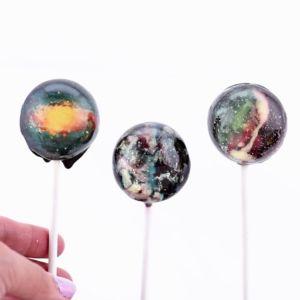 DIY Galaxy Lollipops | Real Moms