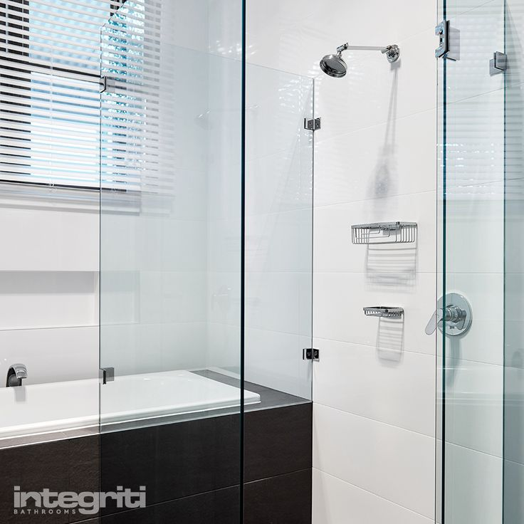 Here's a flashback to a renovation we completed at a home in Putney. This gorgeous frameless glass door for the shower area allowed us to add vertical lines in the design to create a visually larger and more luxurious space. #integritibathrooms #custommade #sydneybathroom #interiordesign #bathroom #flashbackfriday #bathroomremodel #bathroomrenovation #bathroomdesign #sydneyrenovations