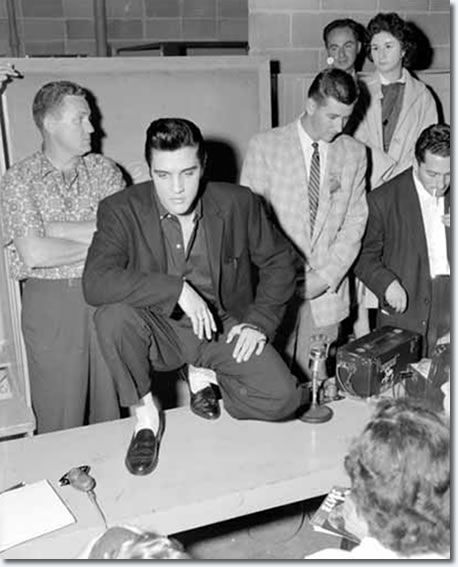 Elvis Presley Vancouver, Canada. Empire Stadium August 31, 1957. Elvis was SUPER COOL!!! :D