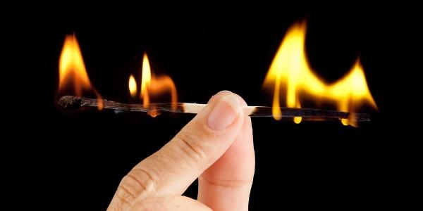 7 Signs of Job Burnout (5 Ways to Fix It)
