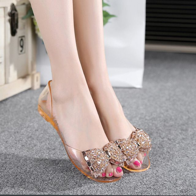 Summer New Crystal Diamond Flat Transparent Jelly Slippery Fish Mouth Plastic Beach Sandals Women
