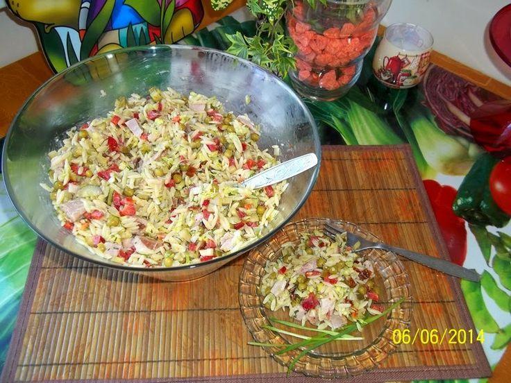 Maminek kulinarny: Sałatka z makaronem ryżowym