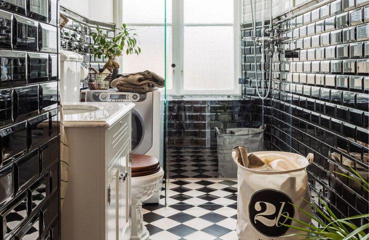 Svart-vitt+badrum+–+klassiskt+vackert+viktorianskt