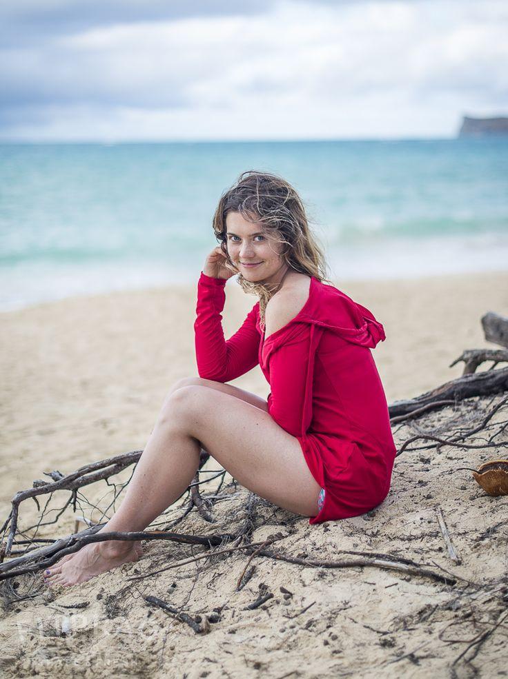 beach photo poses